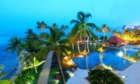 02-tranz-garden-view.jpg