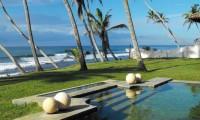 sri_lanka_beach_hotels.jpg