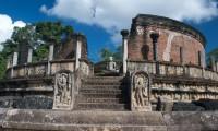 Polonnaruwa_Vatadage.jpg